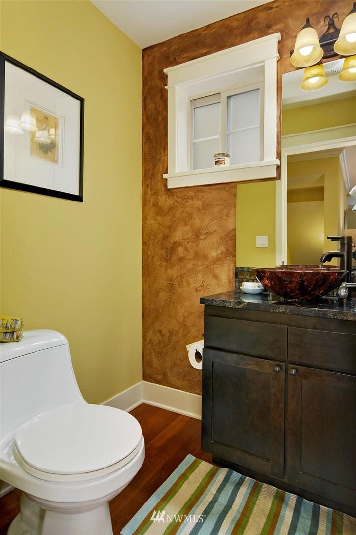 Sold Property | 6737 24th Avenue NW #B Seattle, WA 98117 13