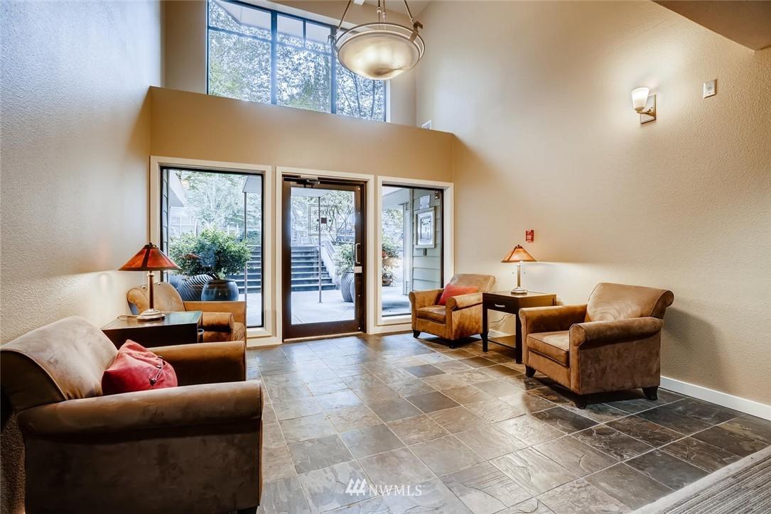Sold Property | 8745 Greenwood Avenue N #405 Seattle, WA 98103 3
