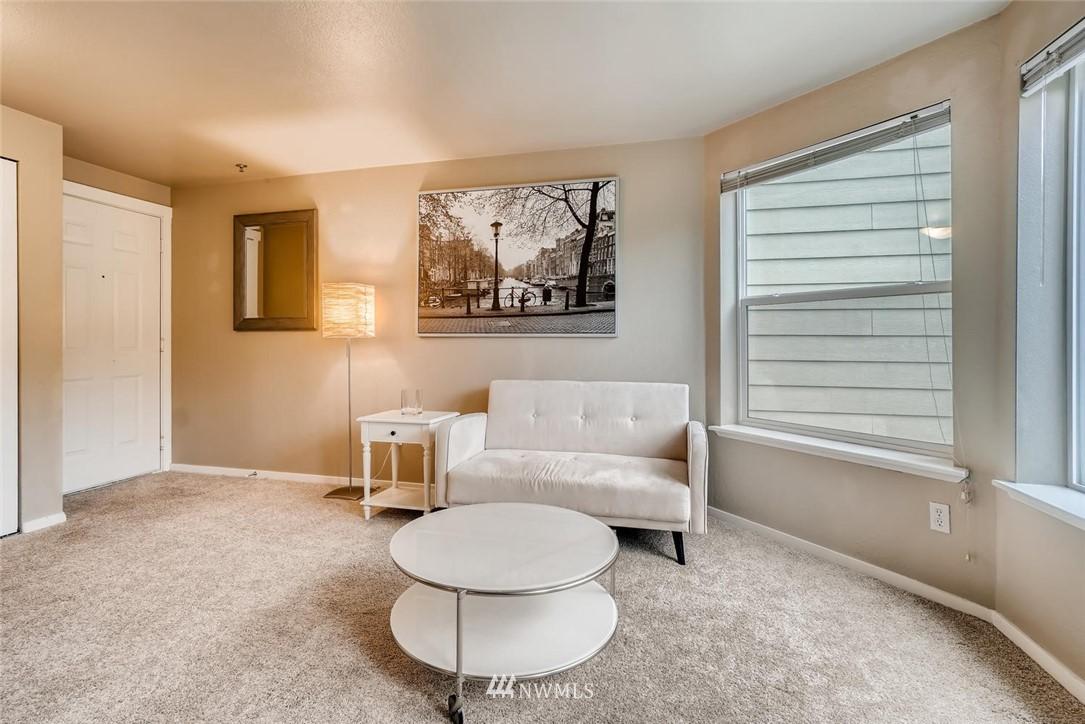 Sold Property | 8745 Greenwood Avenue N #405 Seattle, WA 98103 10