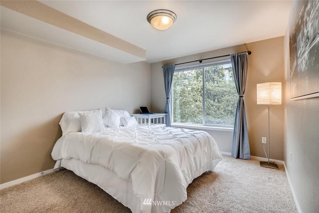 Sold Property | 8745 Greenwood Avenue N #405 Seattle, WA 98103 19