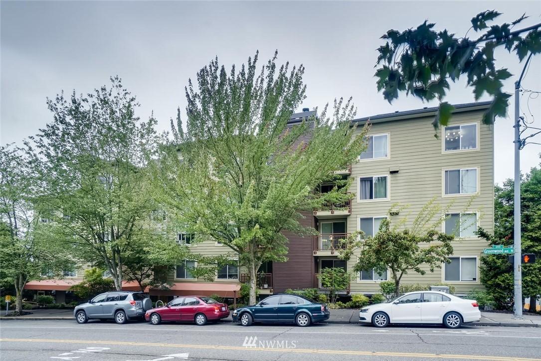 Sold Property | 8745 Greenwood Avenue N #405 Seattle, WA 98103 22