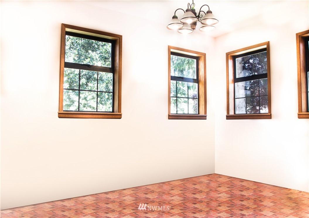 Sold Property | 10408 California Avenue SW Seattle, WA 98146 13