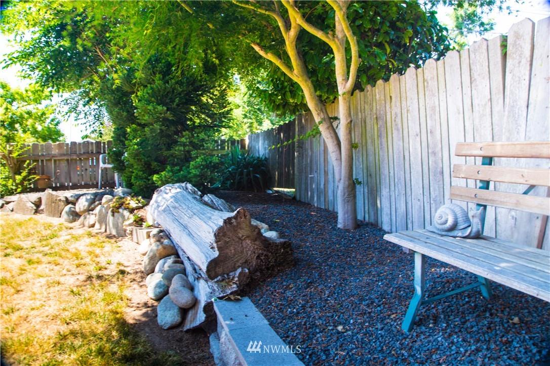 Sold Property | 10408 California Avenue SW Seattle, WA 98146 21