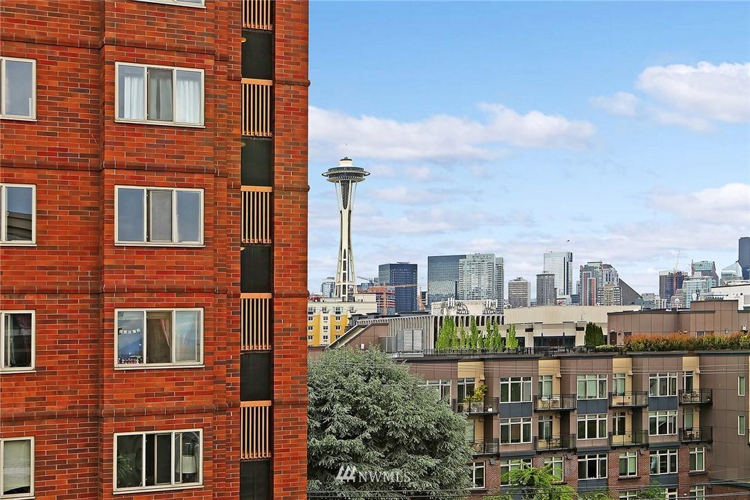 Sold Property | 530 4th Avenue W #406 Seattle, WA 98119 0