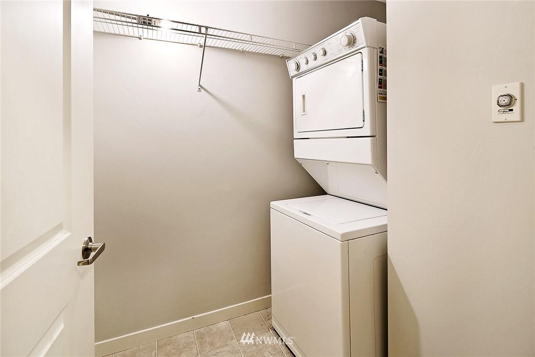 Sold Property | 530 4th Avenue W #406 Seattle, WA 98119 9