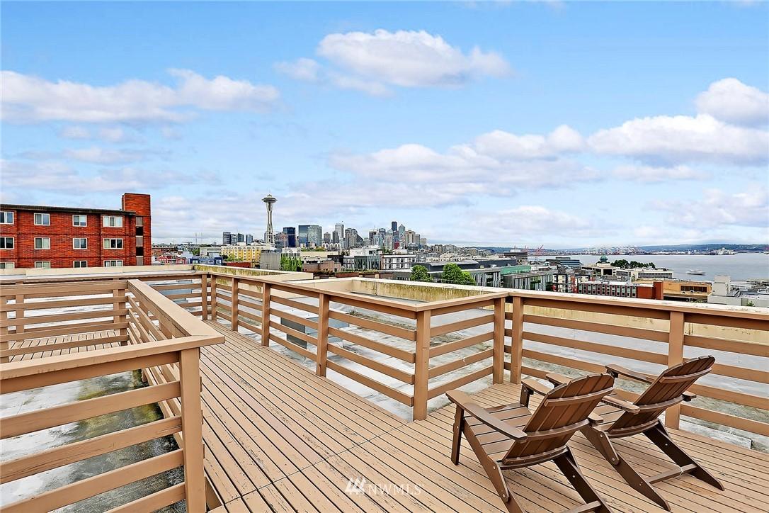 Sold Property | 530 4th Avenue W #406 Seattle, WA 98119 11