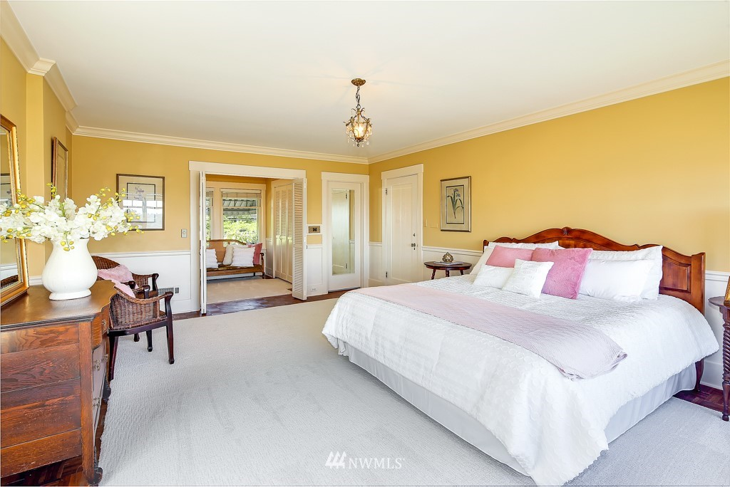 Sold Property | 1518 4th Avenue N Seattle, WA 98109 11
