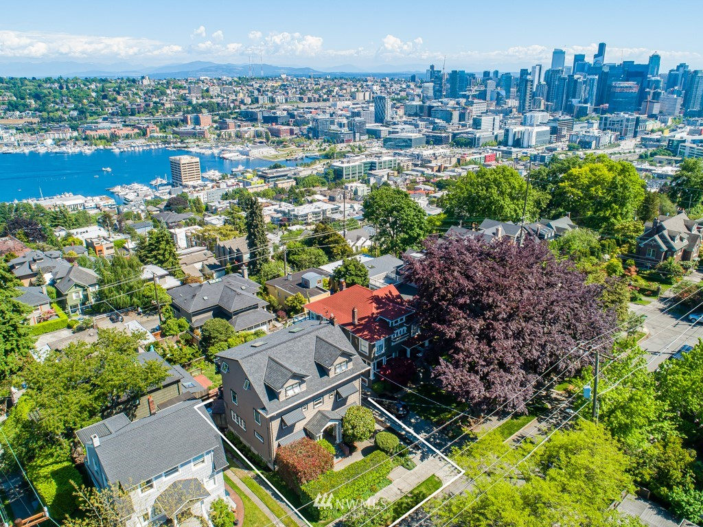 Sold Property | 1518 4th Avenue N Seattle, WA 98109 0