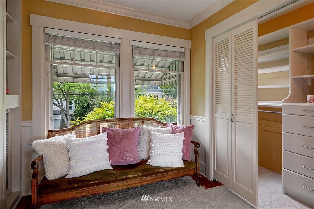 Sold Property | 1518 4th Avenue N Seattle, WA 98109 12