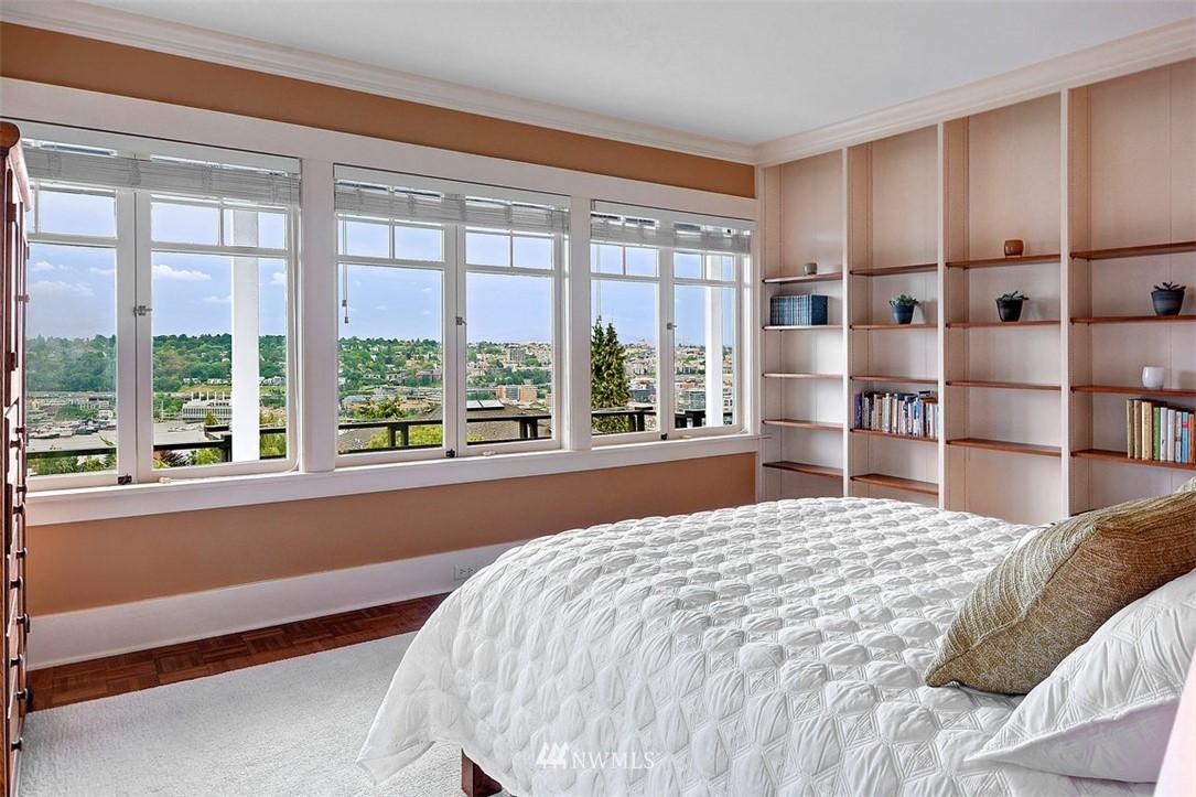 Sold Property | 1518 4th Avenue N Seattle, WA 98109 13