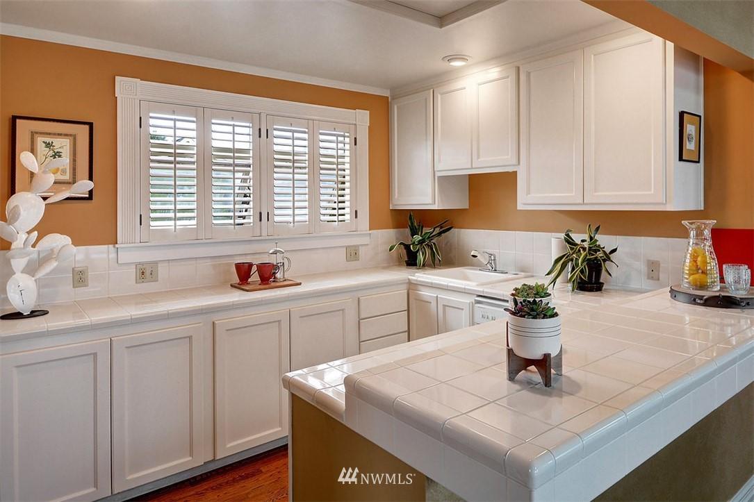 Sold Property | 1518 4th Avenue N Seattle, WA 98109 15