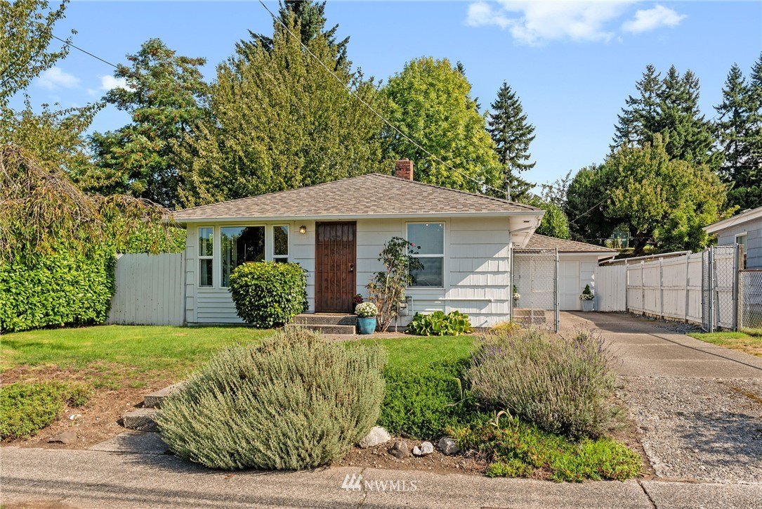 Sold Property   11148 Beacon Avenue S Seattle, WA 98178 0
