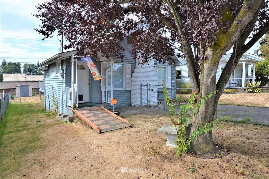 Sold Property | 1028 Maple Street Everett, WA 98201 2