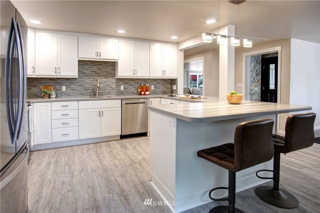 Sold Property | 4832 26th Avenue SW Seattle, WA 98106 2