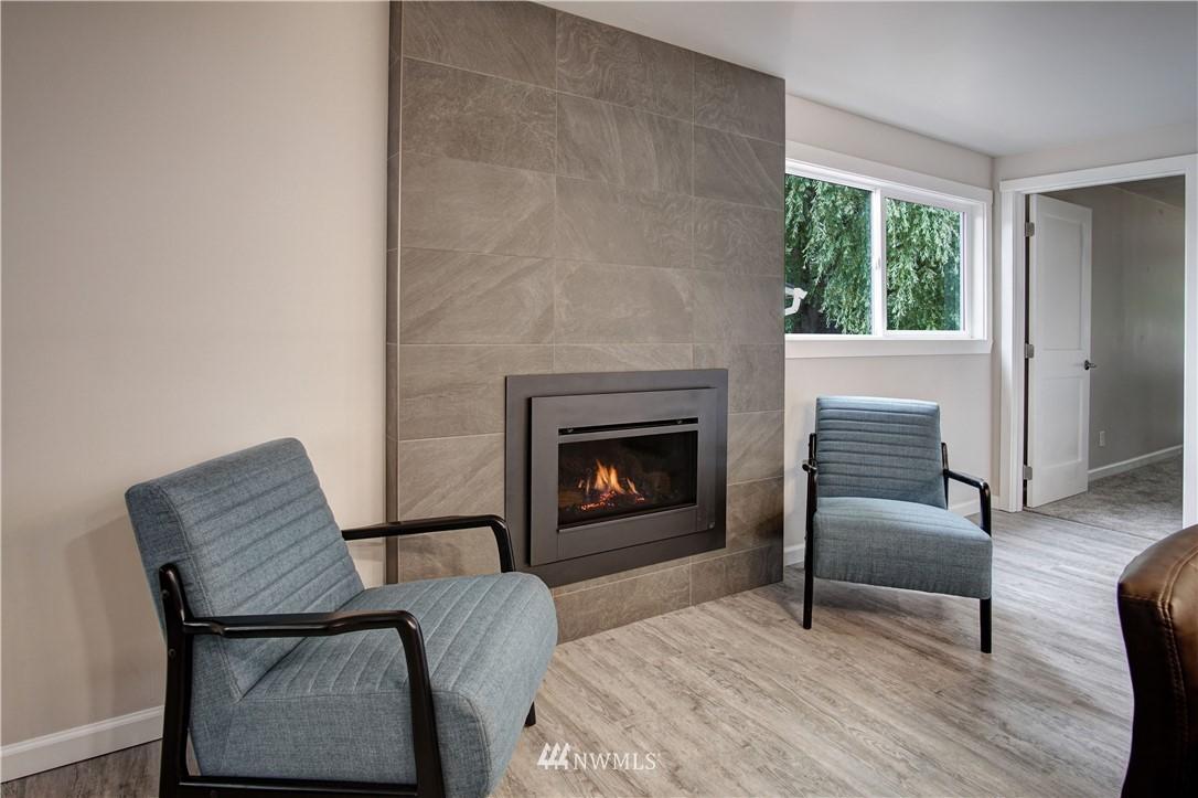 Sold Property | 4832 26th Avenue SW Seattle, WA 98106 3
