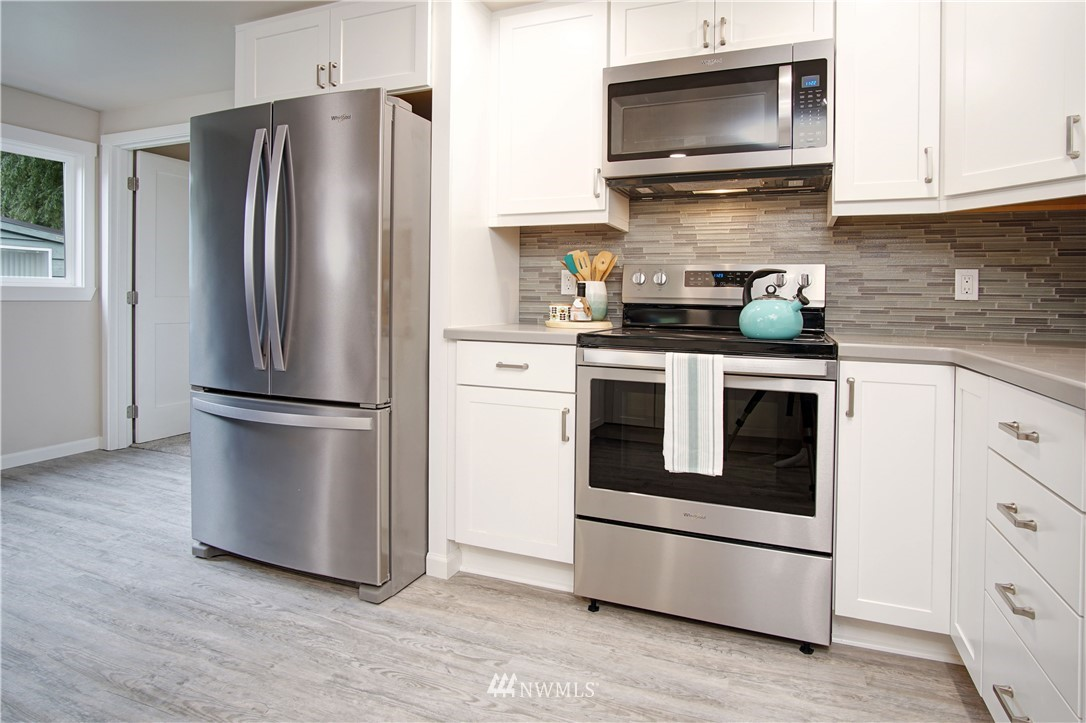 Sold Property | 4832 26th Avenue SW Seattle, WA 98106 4