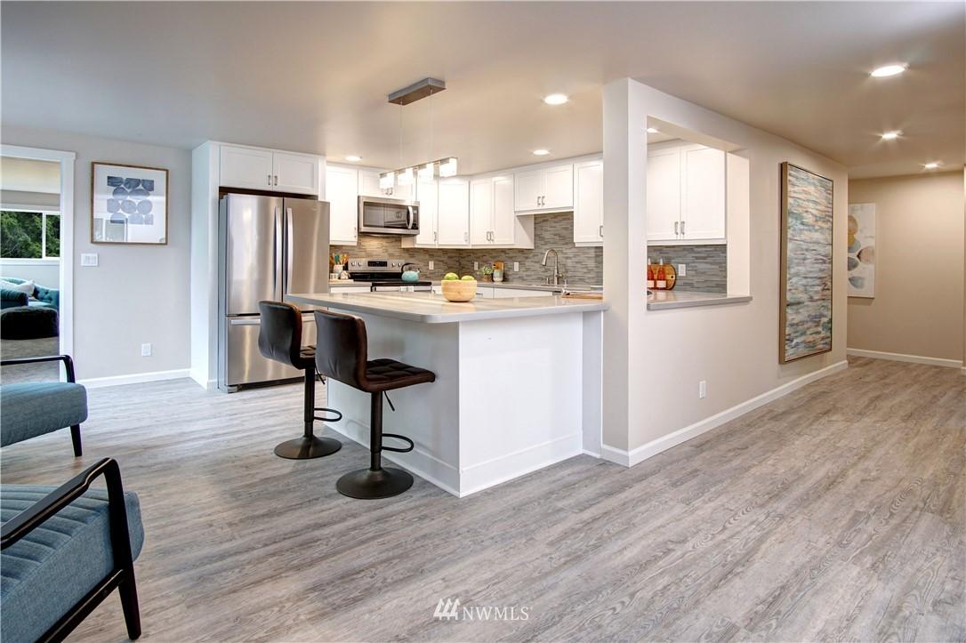 Sold Property | 4832 26th Avenue SW Seattle, WA 98106 5