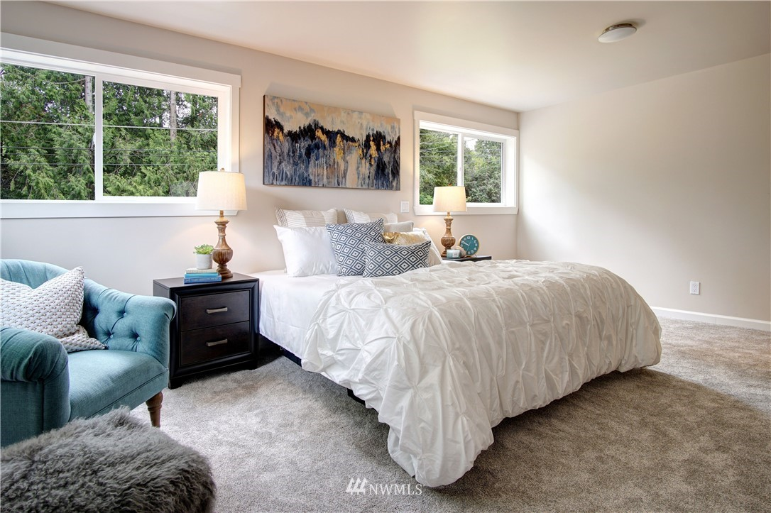 Sold Property | 4832 26th Avenue SW Seattle, WA 98106 7