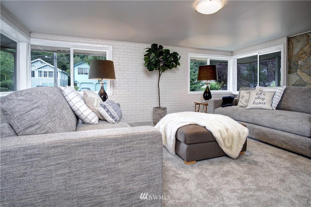 Sold Property | 4832 26th Avenue SW Seattle, WA 98106 9