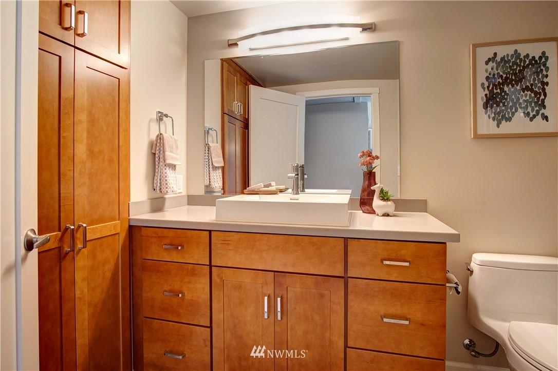 Sold Property | 4832 26th Avenue SW Seattle, WA 98106 10