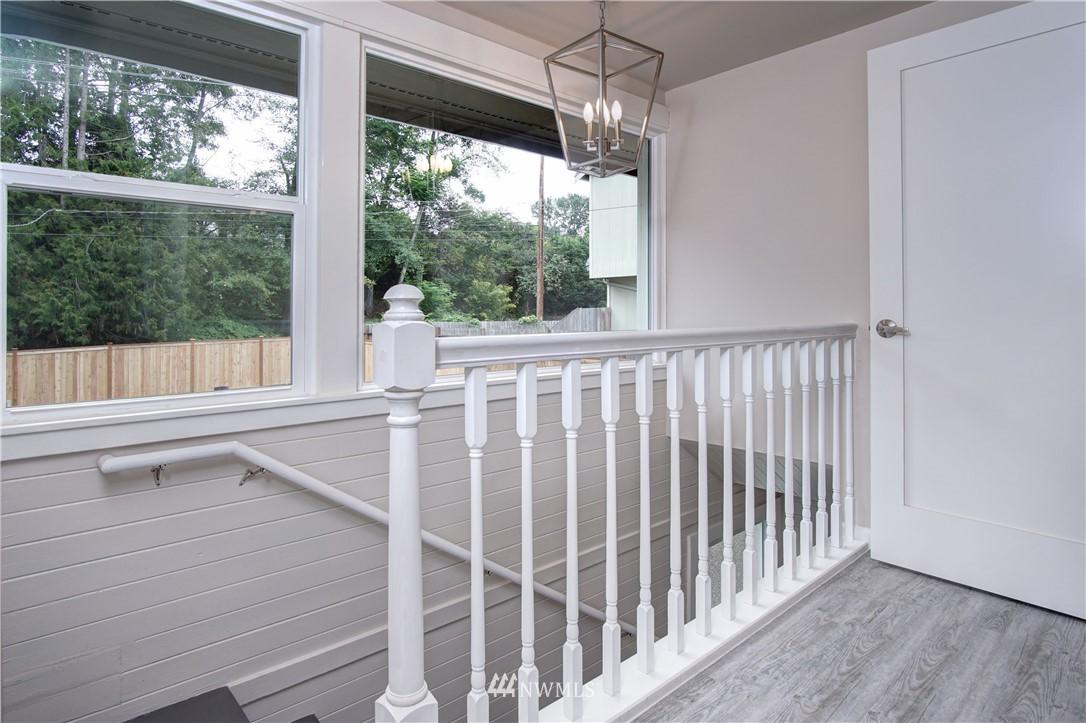 Sold Property | 4832 26th Avenue SW Seattle, WA 98106 13