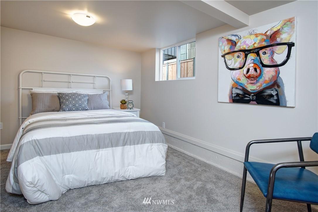 Sold Property | 4832 26th Avenue SW Seattle, WA 98106 16
