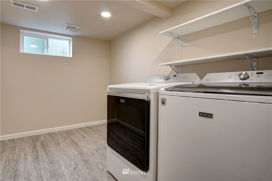 Sold Property | 4832 26th Avenue SW Seattle, WA 98106 17