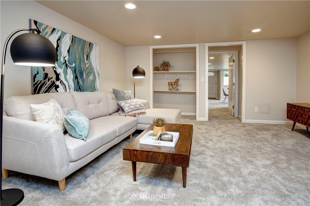 Sold Property | 4832 26th Avenue SW Seattle, WA 98106 18
