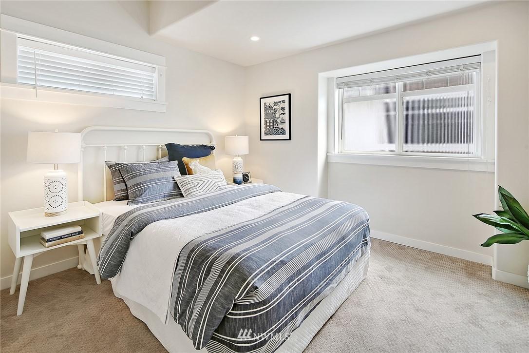 Sold Property   4614 Interlake Avenue N Seattle, WA 98103 6