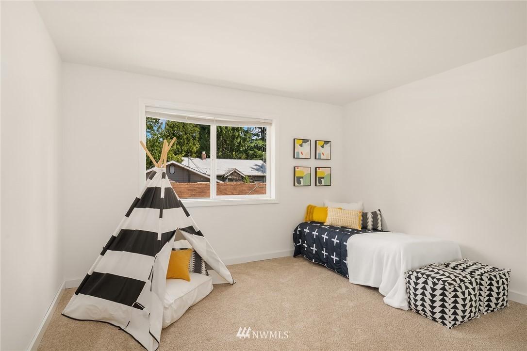 Sold Property | 11511 19th Avenue NE Seattle, WA 98125 16