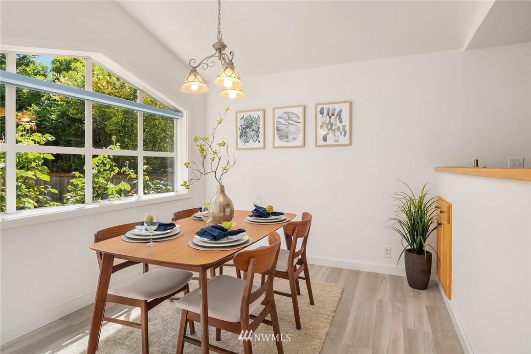 Sold Property | 11511 19th Avenue NE Seattle, WA 98125 4