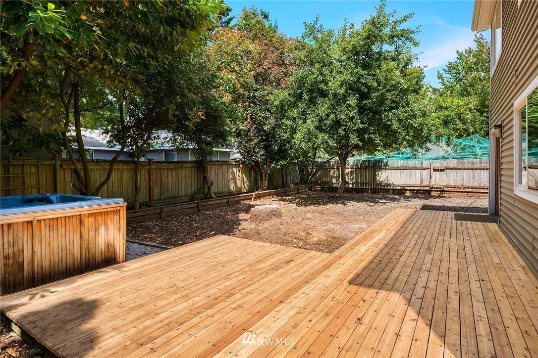 Sold Property | 11511 19th Avenue NE Seattle, WA 98125 21