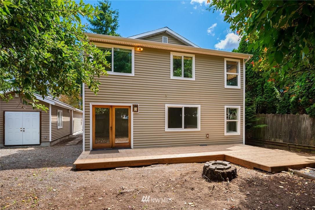 Sold Property | 11511 19th Avenue NE Seattle, WA 98125 22
