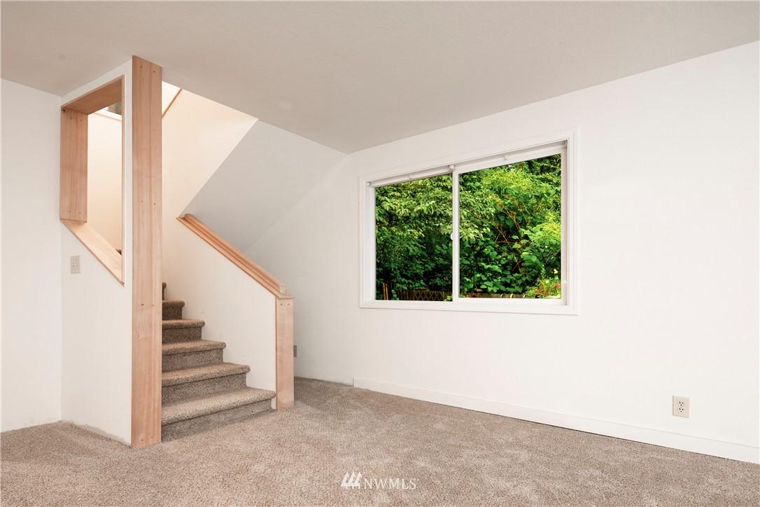 Sold Property | 11511 19th Avenue NE Seattle, WA 98125 15