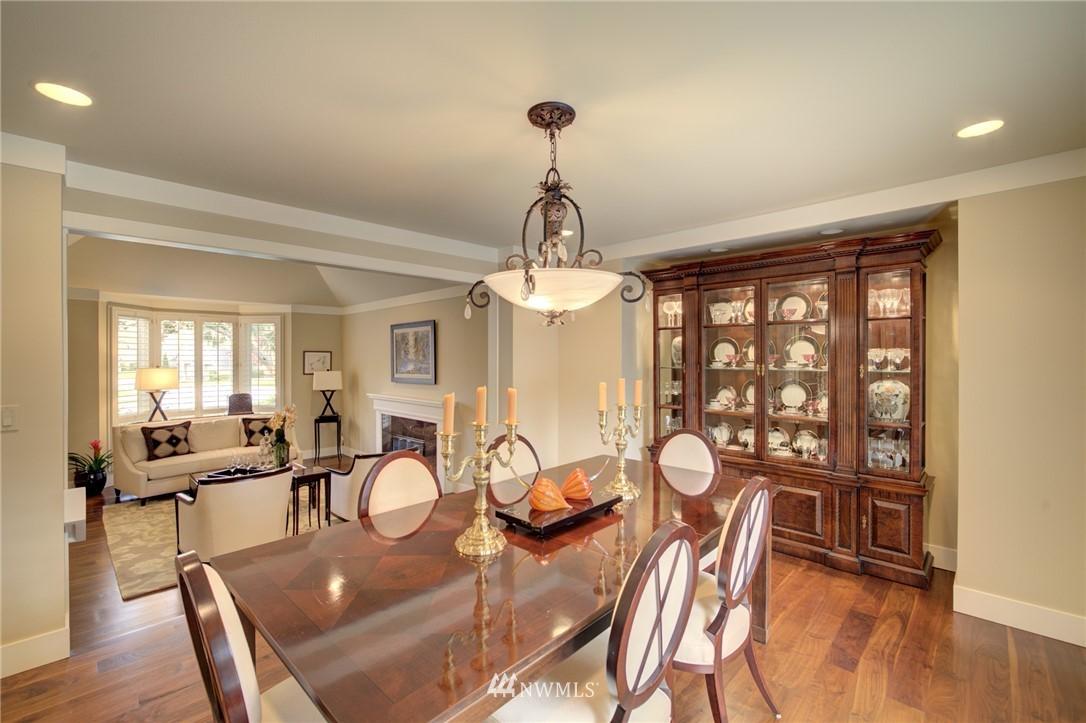 Sold Property   1714 Bellevue Way NE Bellevue, WA 98004 8