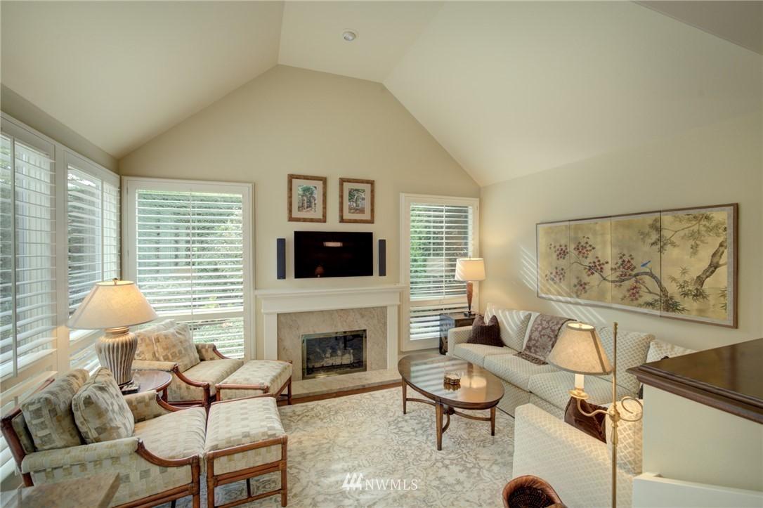 Sold Property   1714 Bellevue Way NE Bellevue, WA 98004 12