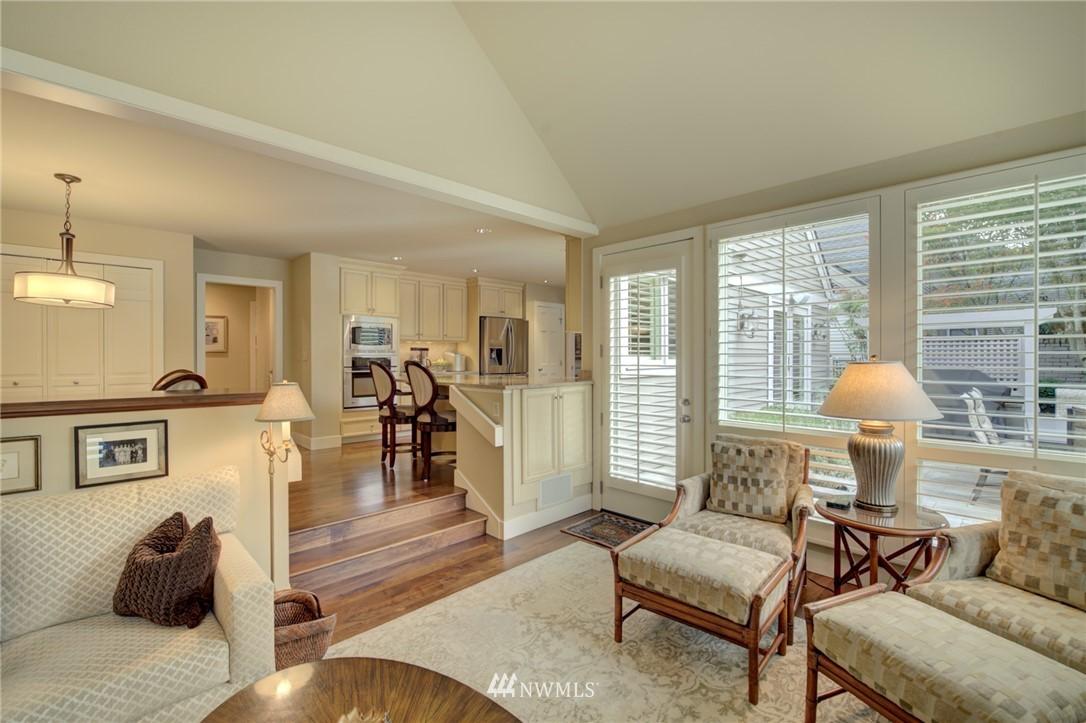Sold Property   1714 Bellevue Way NE Bellevue, WA 98004 13