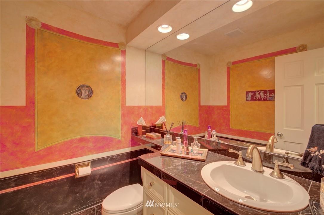 Sold Property   1714 Bellevue Way NE Bellevue, WA 98004 14