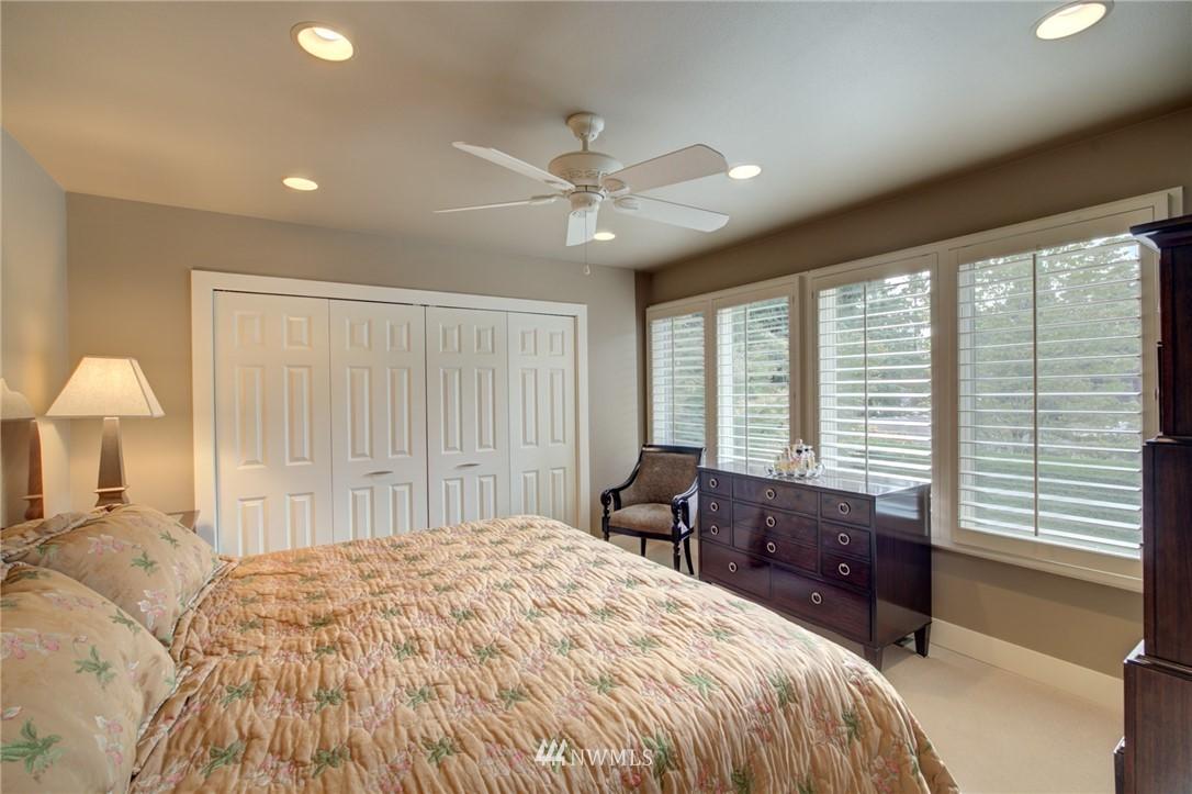 Sold Property   1714 Bellevue Way NE Bellevue, WA 98004 16