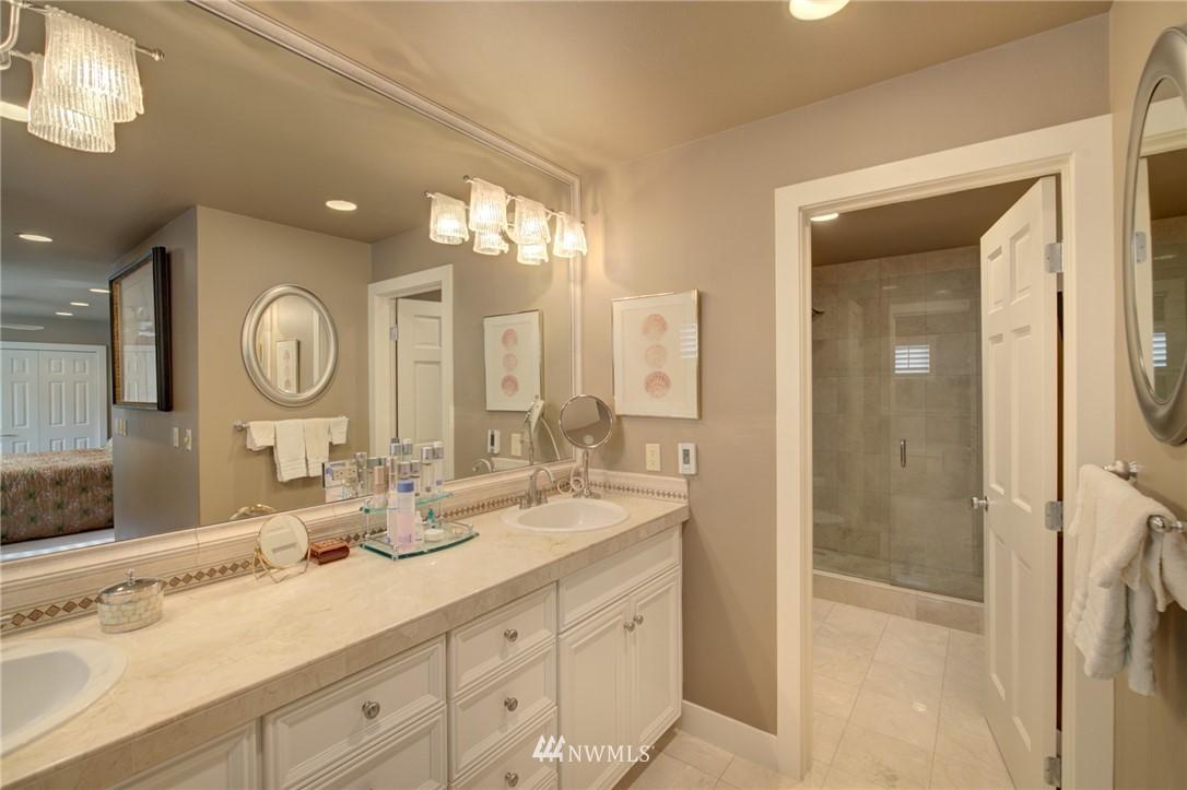 Sold Property   1714 Bellevue Way NE Bellevue, WA 98004 17