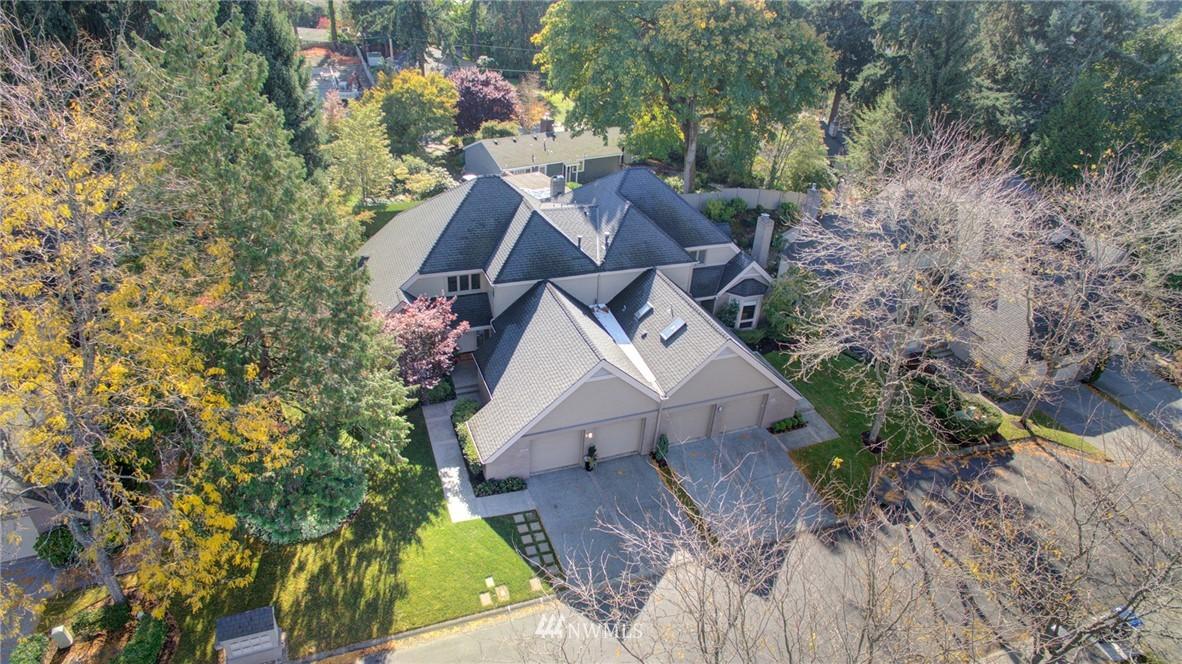 Sold Property   1714 Bellevue Way NE Bellevue, WA 98004 24