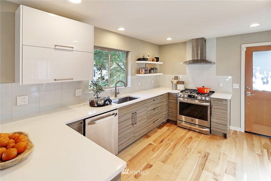 Sold Property   1203 NW 70th Street Seattle, WA 98117 5