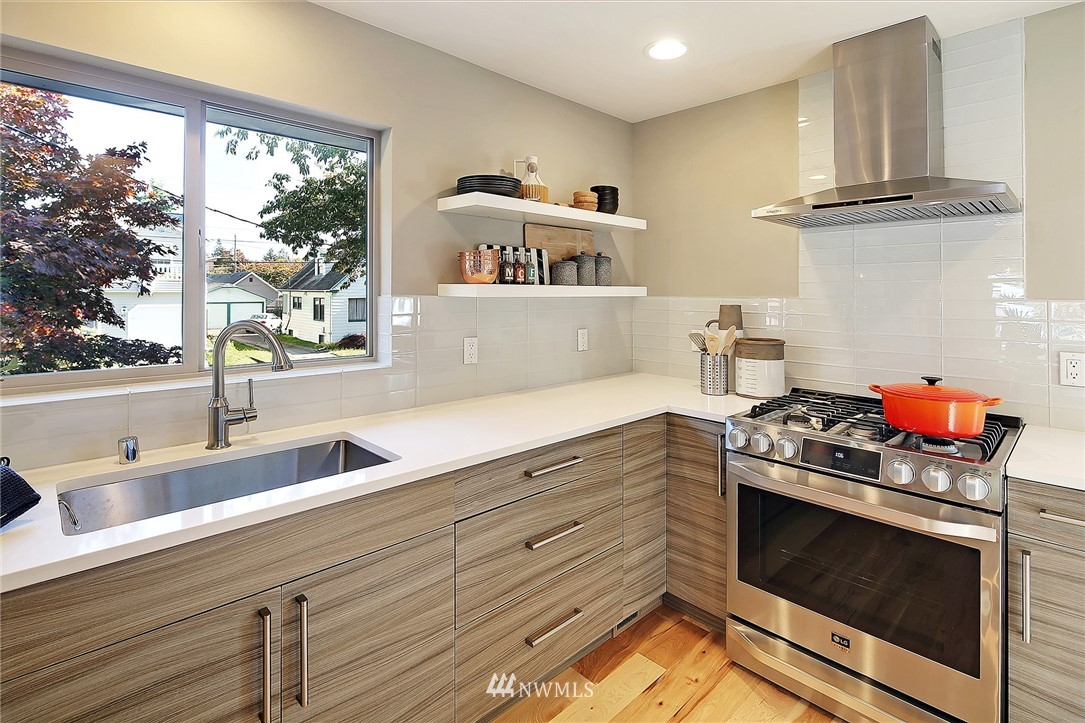 Sold Property   1203 NW 70th Street Seattle, WA 98117 6
