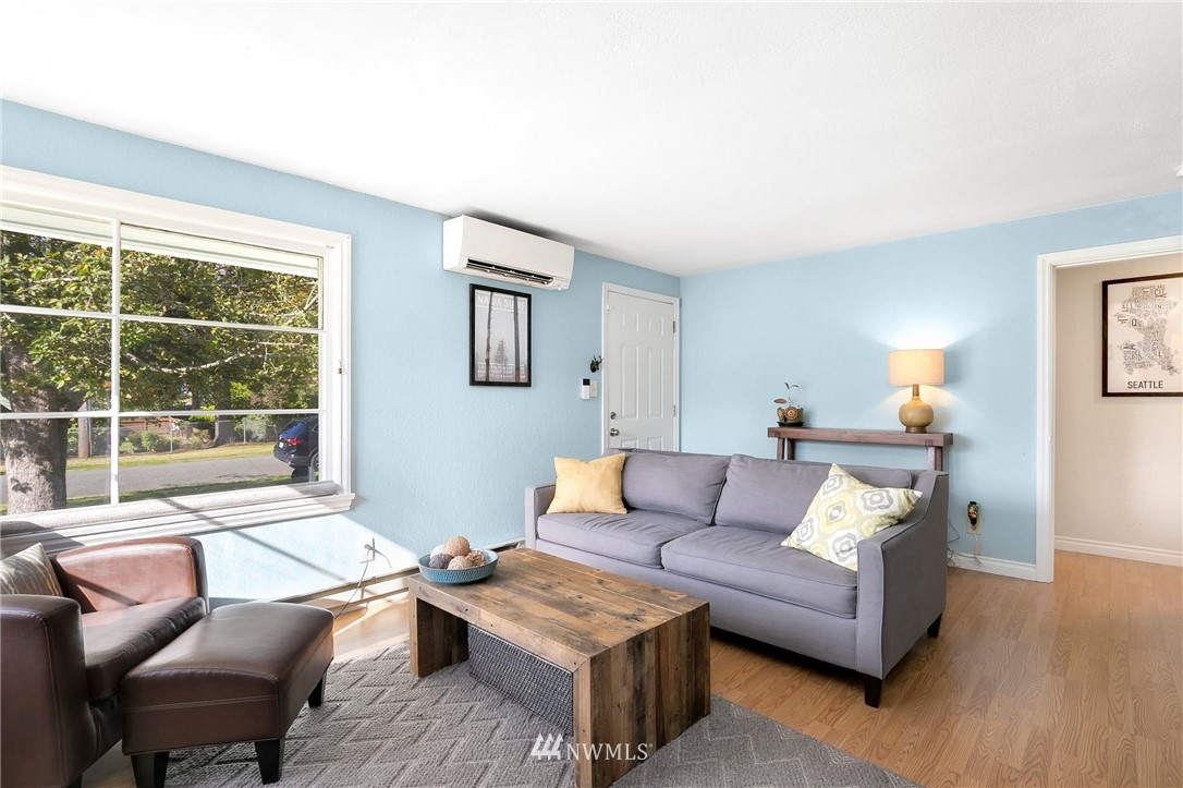 Sold Property   11332 12th Avenue NE Seattle, WA 98125 2