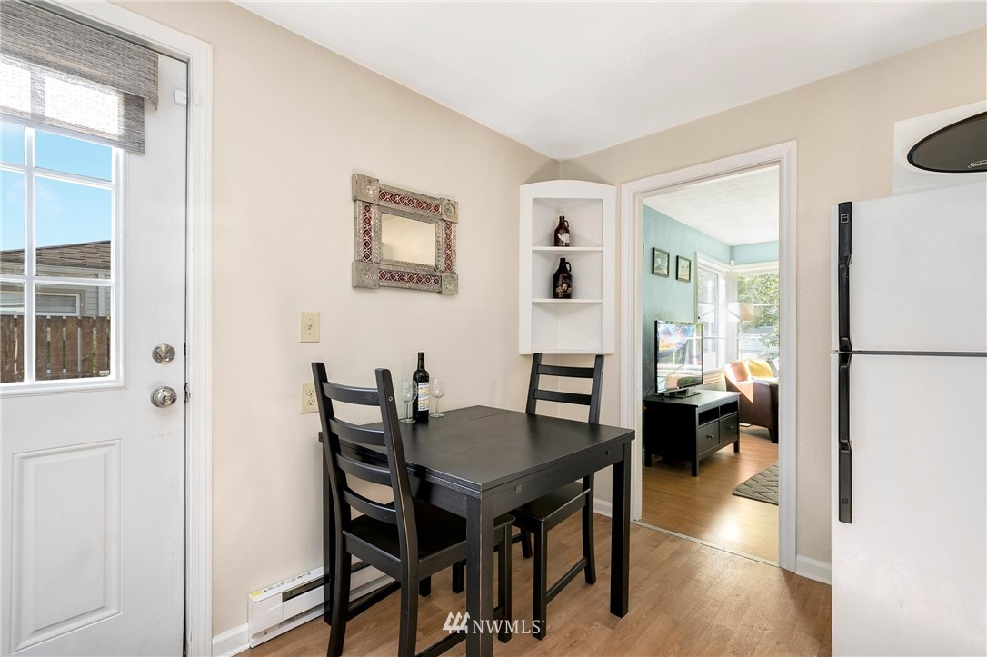 Sold Property   11332 12th Avenue NE Seattle, WA 98125 4