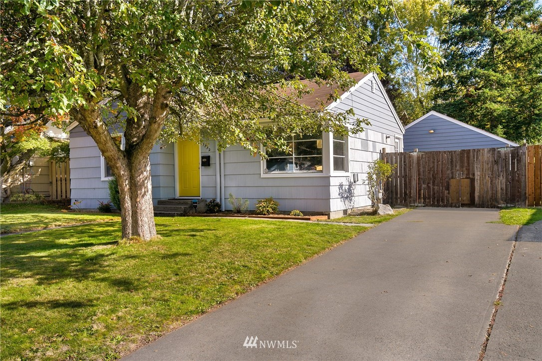 Sold Property   11332 12th Avenue NE Seattle, WA 98125 16