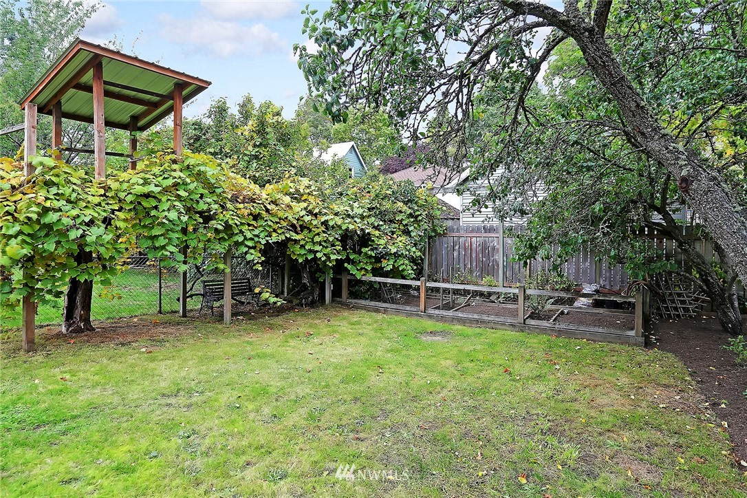 Sold Property | 624 NW 79th Street Seattle, WA 98117 17