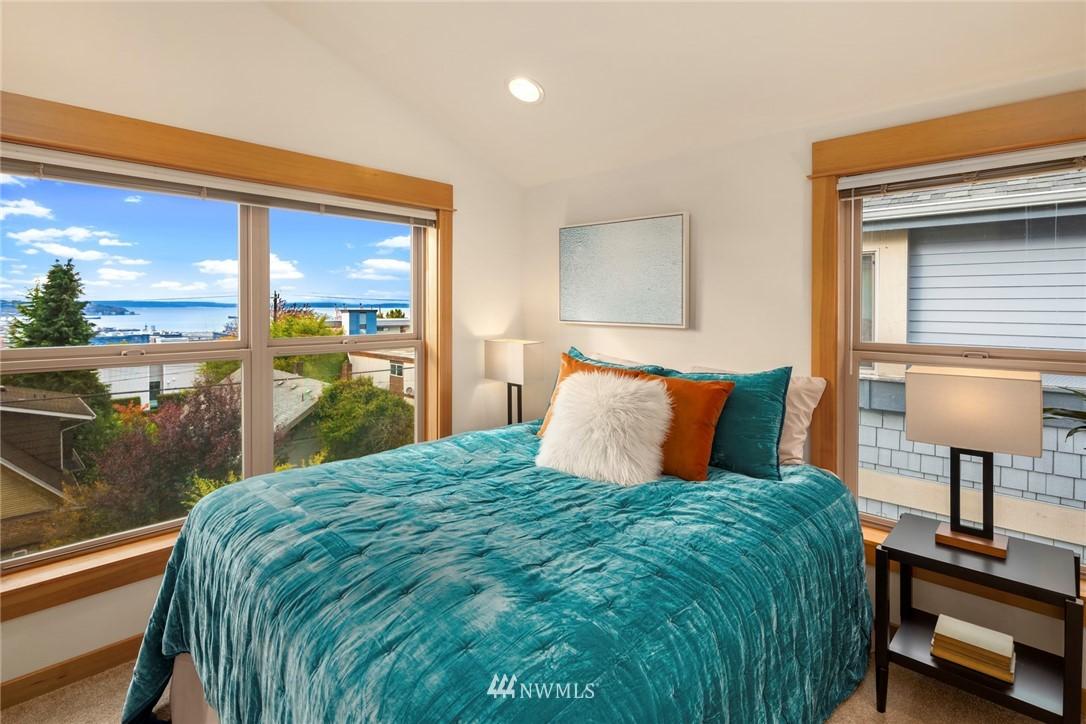 Sold Property | 1735 13th Avenue S #A Seattle, WA 98144 9