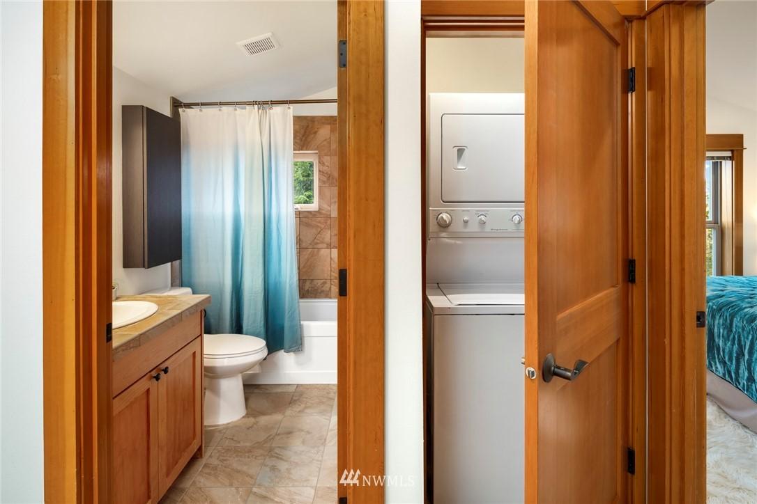 Sold Property | 1735 13th Avenue S #A Seattle, WA 98144 11