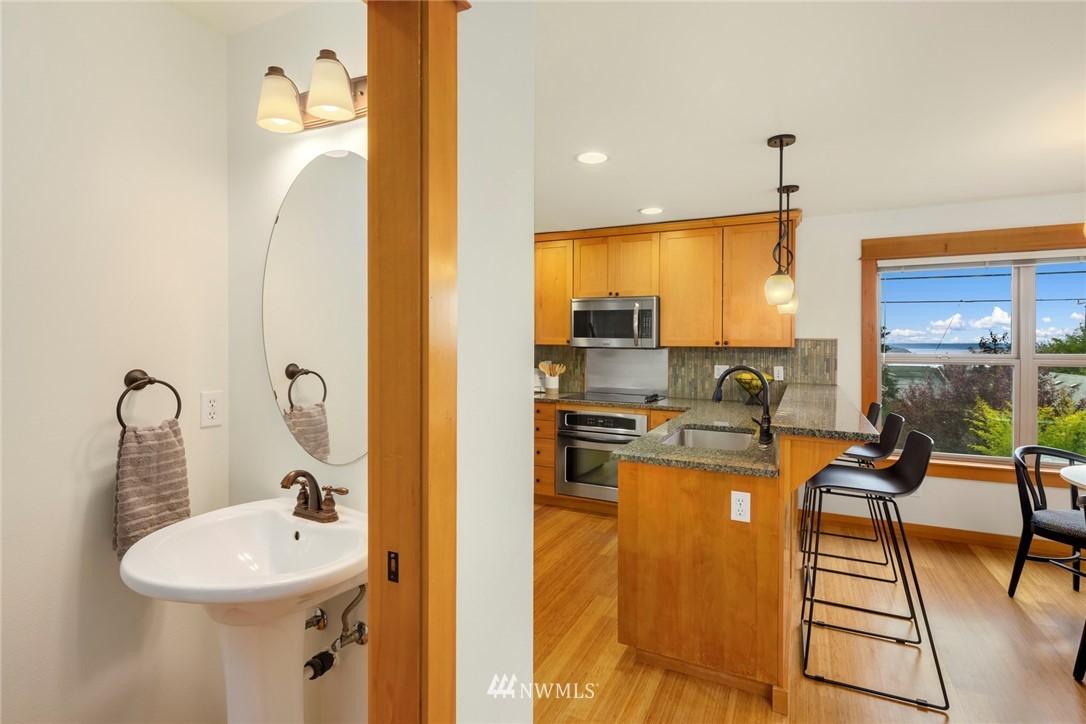 Sold Property | 1735 13th Avenue S #A Seattle, WA 98144 6